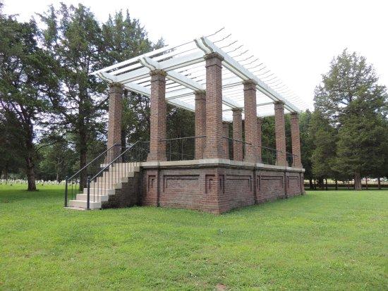 Murfreesboro, TN: Reproduction rotunda
