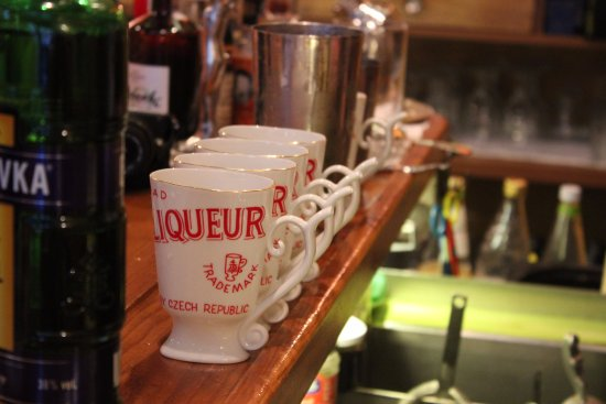 Prague Food Tour: Specialised drinking vessels