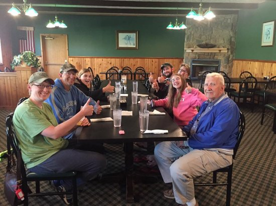 Cedarville, MI: 8 Travelers Very Happy with their Breakfast!