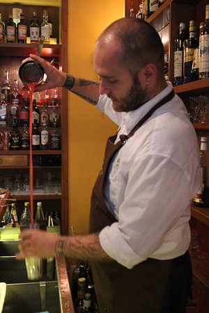 Prague Food Tour: Aerating the cocktail.