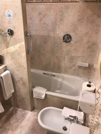 Hotel Albret: photo1.jpg