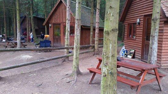 Ellesmere, UK: camping huts