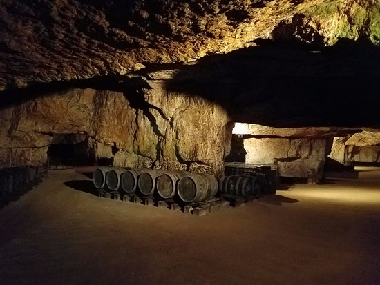Restigne, Francia: In the cave
