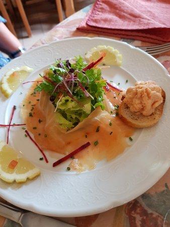 Restaurant La Bellone Saint Adjutory