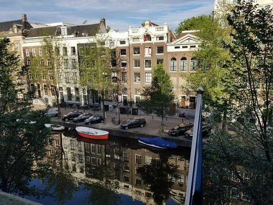 view from room on 5th floor bild von the hoxton amsterdam amsterdam tripadvisor. Black Bedroom Furniture Sets. Home Design Ideas