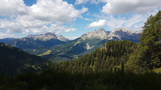 Fassa Valley, Italy: Valle favolosa!!!