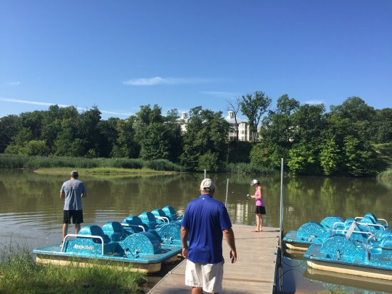 Holiday Inn Club Vacations Fox River Resort: Paddle boats available