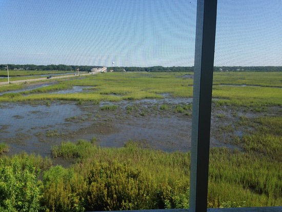 Sunset Beach, Carolina del Norte: view from our room.