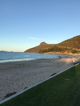 Catseye Beach Hamilton Island Online Reviews