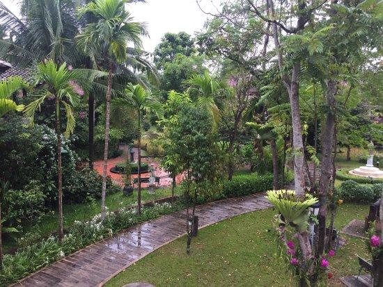 Saraphi, Tailandia: photo1.jpg
