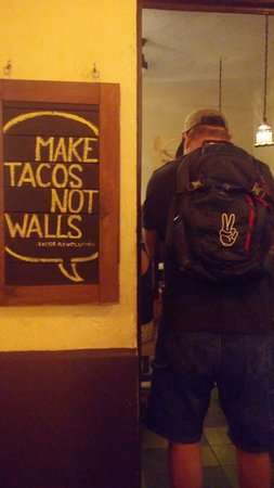 Zona Romantica : tacos revolucion