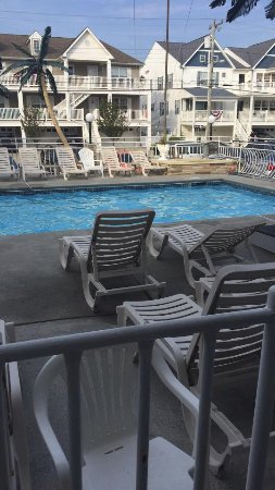 Quarterdeck Motel: From First Floor room of pool!