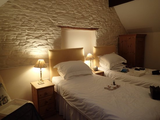 Kimbolton, UK: Lovely room upstairs