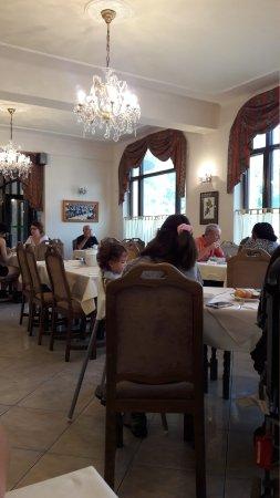 Hotel Kavalir: 20170729_092316_large.jpg
