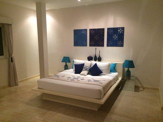Cool and comfortable bedroom in La Maison d'Ambre's Casablanca suite