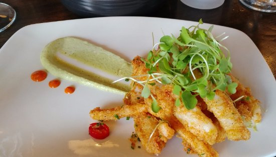 Aurora, Canada: Deep fried calamari