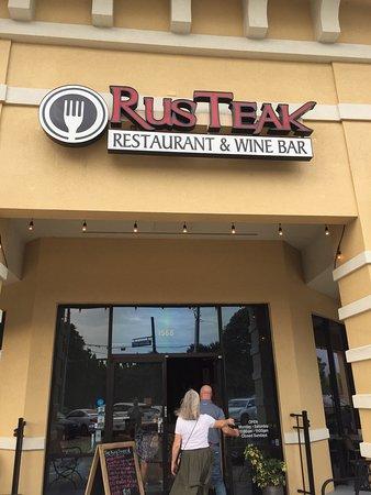 RusTeak Restaurant & Wine Bar: Nice