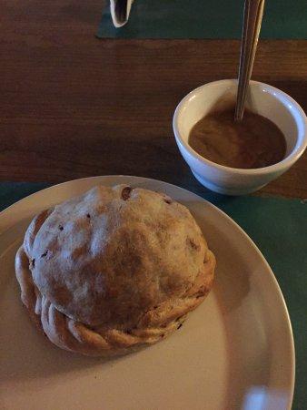 คัลเยอเมต, มิชิแกน: The pasty that reminds me of one of Mrs. Lovett's meat pies...