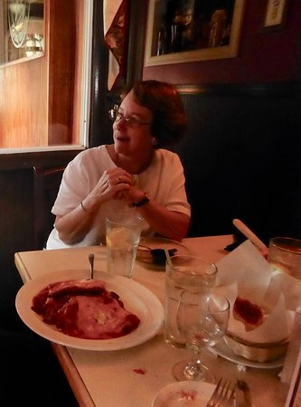 Edinburg, VA: You can see the size of the portions in this photo - that is the chicken and veal parmesan