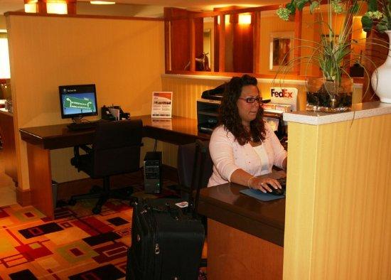 Hampton Inn Baltimore / White Marsh: Business Center