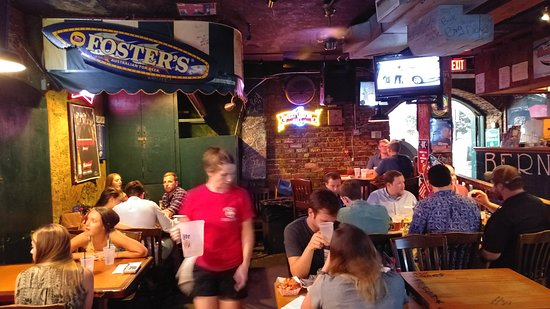 Bernie's Oyster House: 20170805_202541_HDR_large.jpg