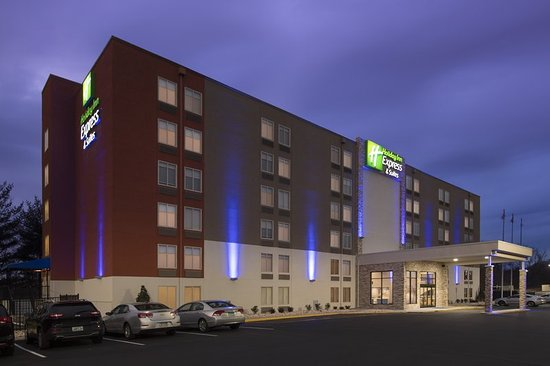 Welcome to our Holiday Inn Express & Suites College Park Hotel