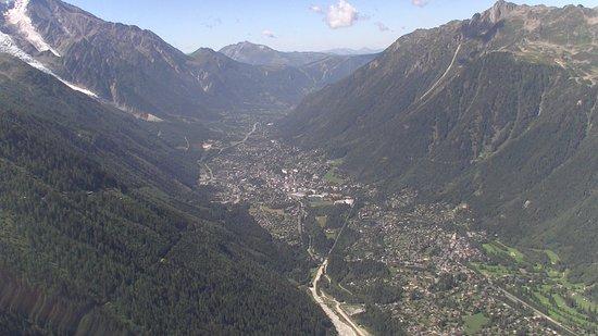 Chamonix Mont-Blanc Helicopteres : La vallée de Chamonix