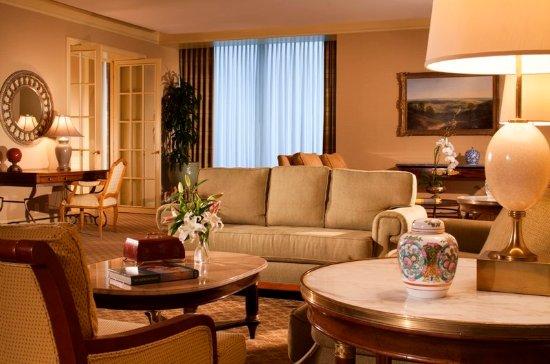 Irving, TX: Presidential Suite