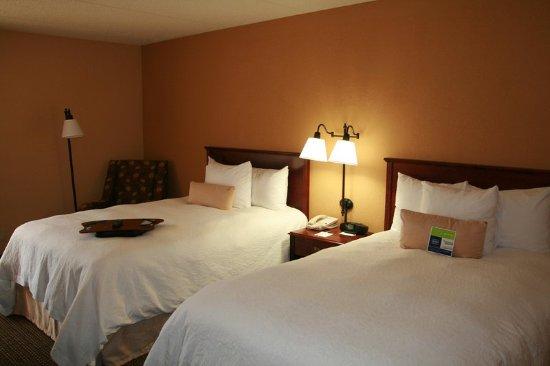 LaGrange, GA: Double Bed Smoking