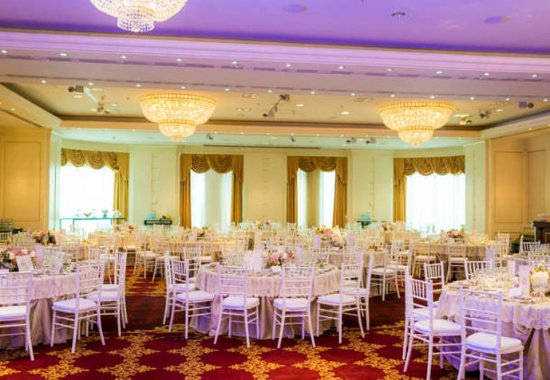 JW Marriott Bucharest Grand Hotel: Grand Ballroom Wedding Setup