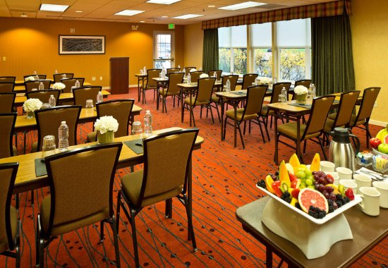 Residence Inn Anchorage Midtown: Meeting Room