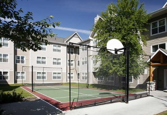 Residence Inn Anchorage Midtown: Sport Court