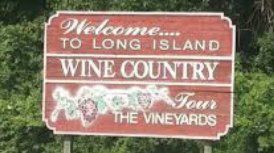 Stony Brook, NY: Enjoy a weekend getaway at the Long Island Wine Country