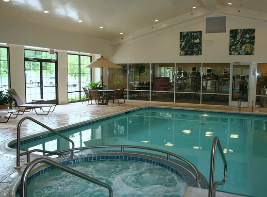 Victor, NY: Pool/Jaccuzzi