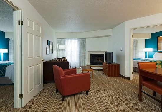 two bedroom suite picture of residence inn chicago