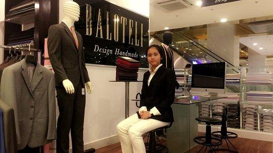 BALOTELI: Design Custom Suits