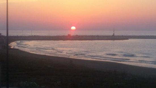 20170731_201329_large.jpg - Picture of Le Terrazze sul Mare, Foce ...