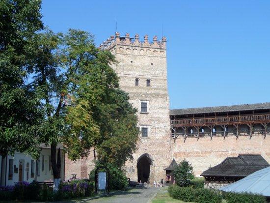 Луцк, Украина: Замок Любарта (двор, вход)