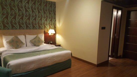Royalton Hotel: Standard Room View from TV corner