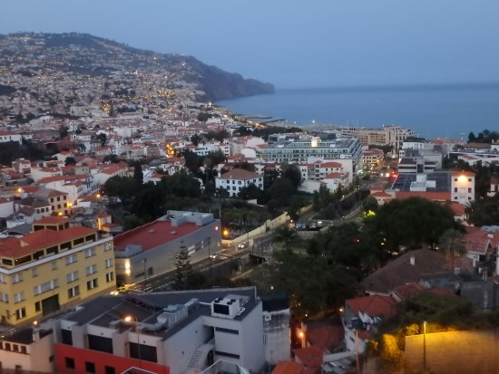 Four Views Baia : chambre vue sur la mer (8ème étage)