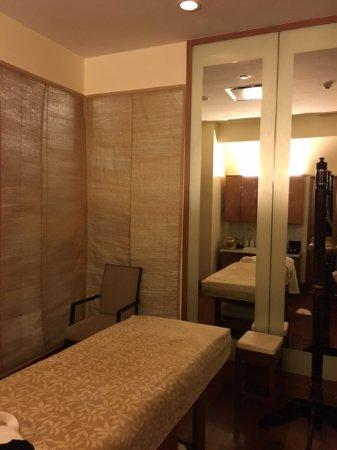The Oberoi, Mumbai : massage room