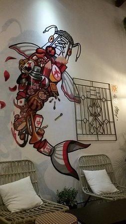 Lukisan Di Dinding Picture Of Heesan