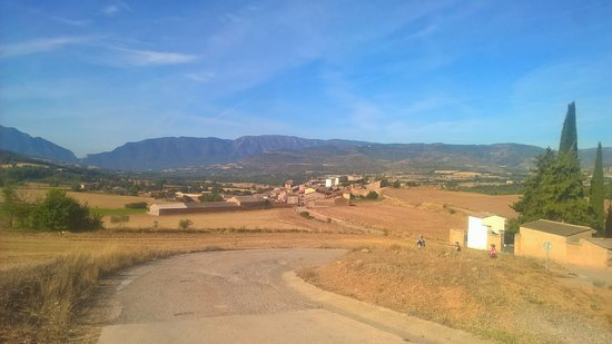 Vilamitjana, Spain: bike riding with great views in the countryside near Red Rock Trails
