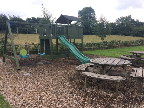 Knockvicar, Ireland: Kids play areas