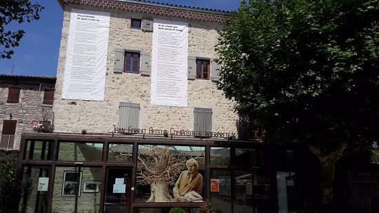 Maison Jean Ferrat