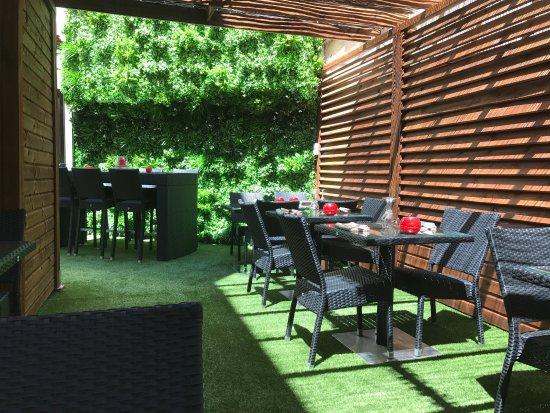 photo de hong yun antibes tripadvisor. Black Bedroom Furniture Sets. Home Design Ideas