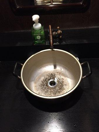 Toki, Japan: ランチセットはお値打ちでうどんにコシがあり美味しい。 トイレはきれい
