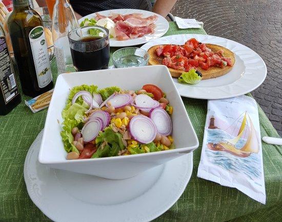 Ristorante Pizzeria Benaco: Antipasti zur Mittagszeit