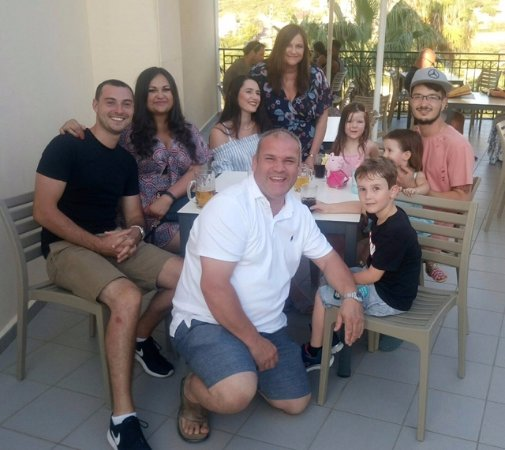 Gerani, Grecia: Family Meal and Drinks