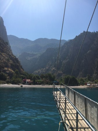 Pioneer Travel -Day Tours: Boattrip at butterfly valley